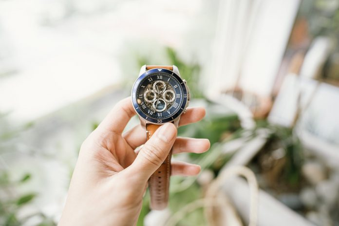 Top 5 Fashion Watch Brands That Should Be in Your Collection